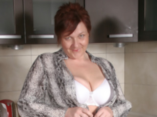 dutch Big Breasted Mature Slut Playing In Her Kitchen - MatureNL big tits
